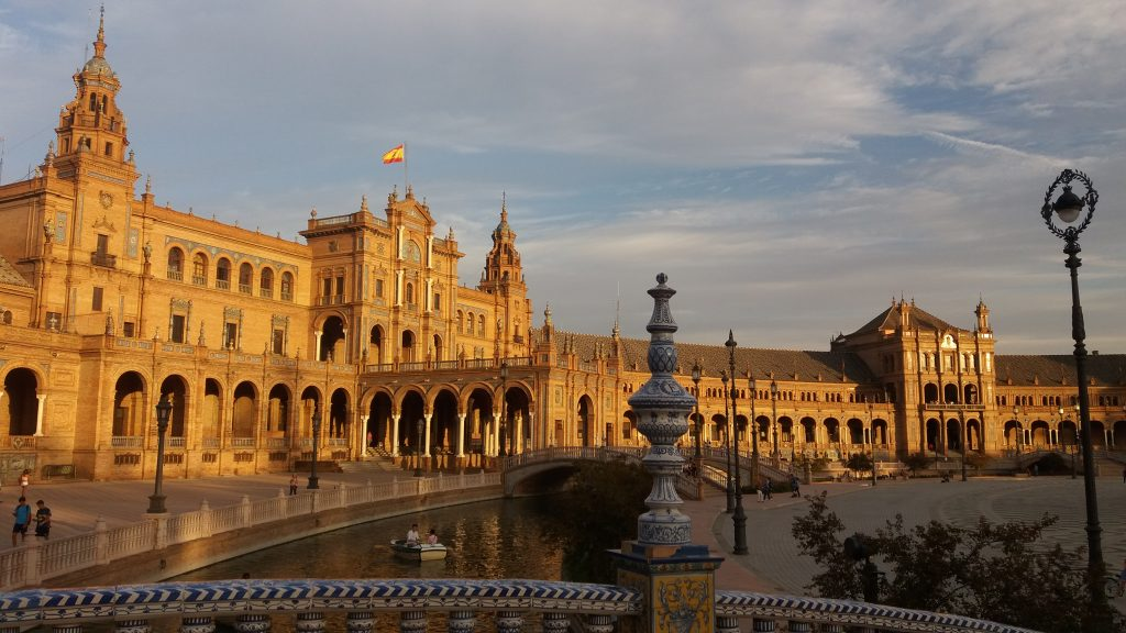 atardecer en plaza espana