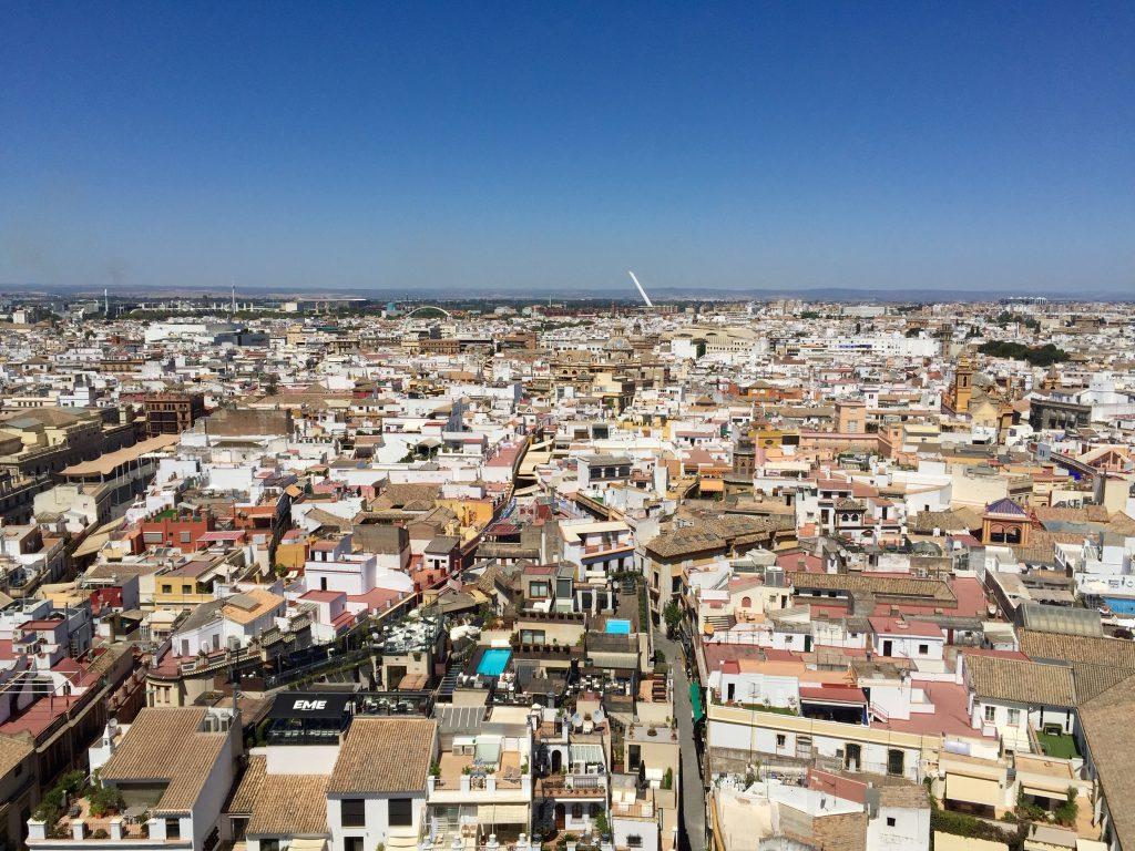 la ciudad vista desde la giralda