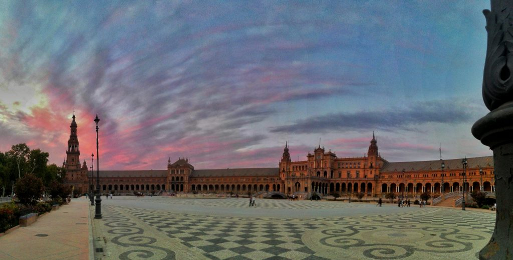 plaza espana rosada