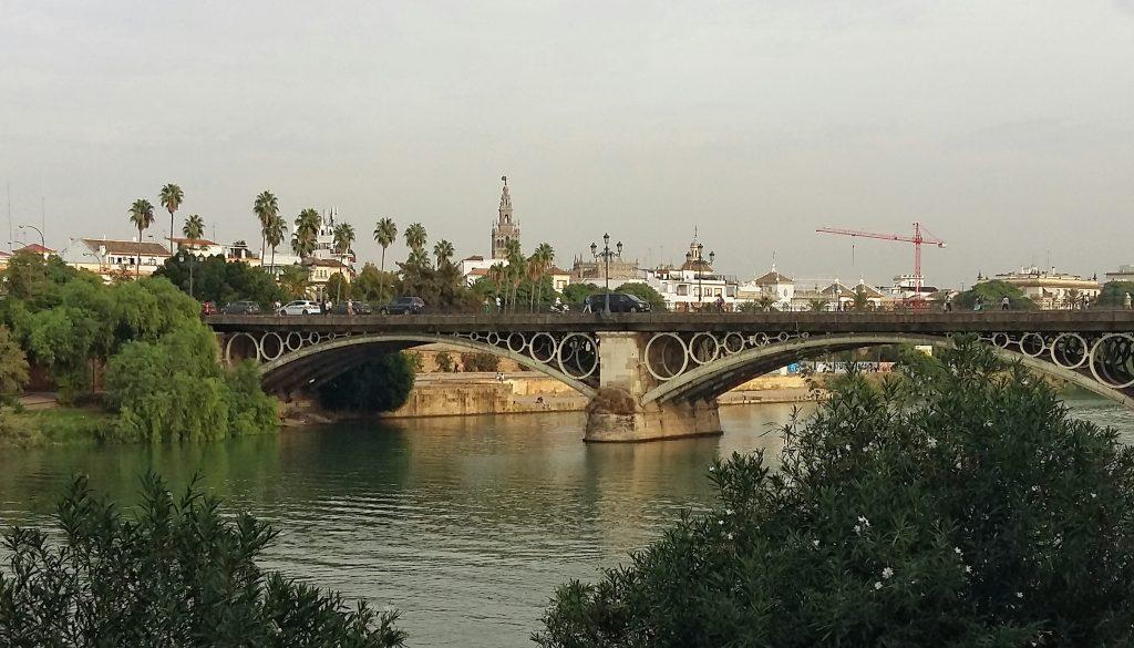 puente de triana desde triana