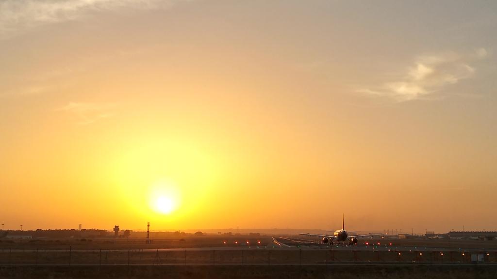 mirador de aviones aeropuerto de sevilla